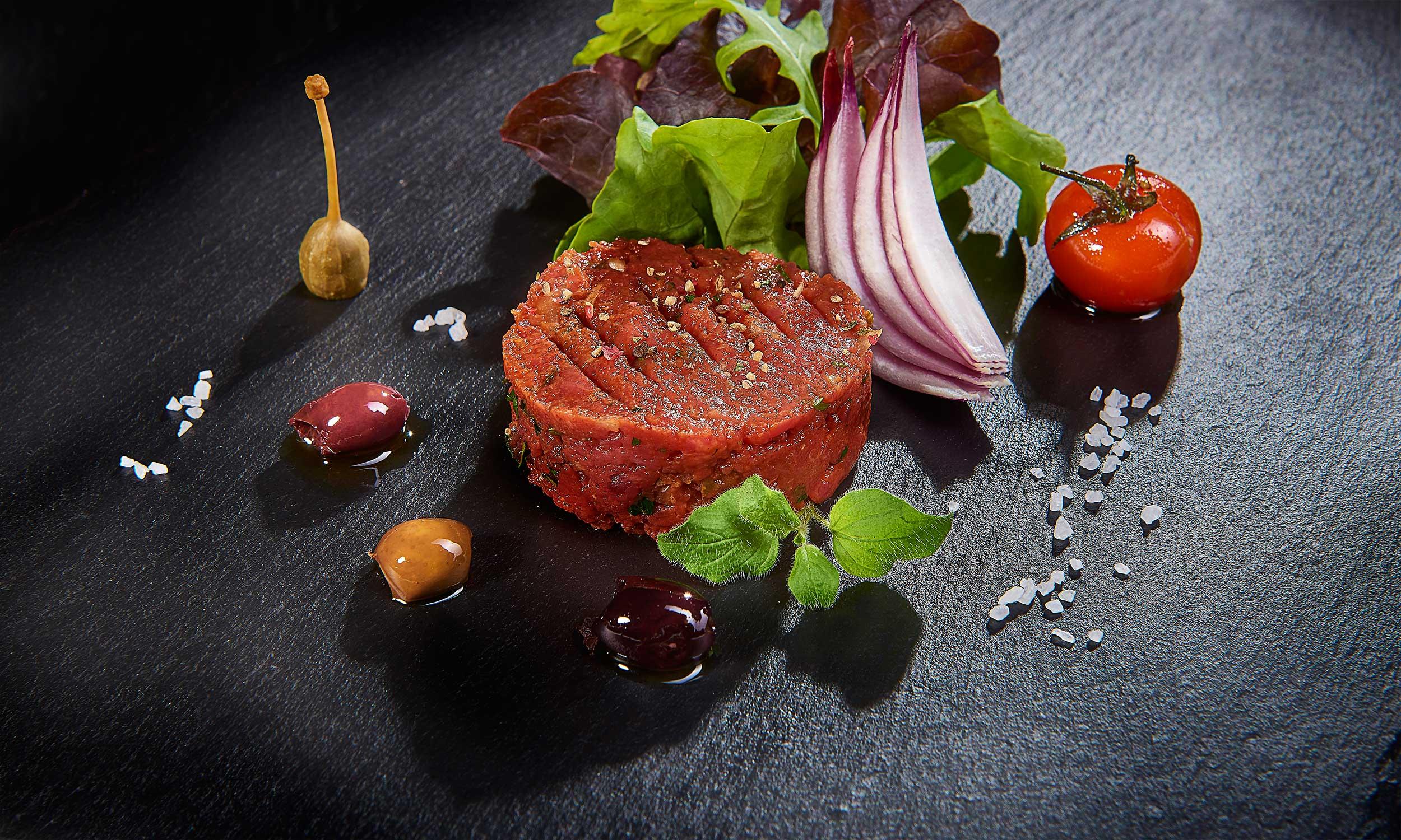 Frisches Tartar, aus heimischen Rindfleisch